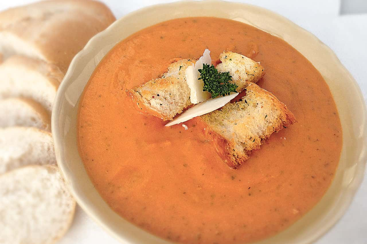 Copycat Panera's creamy tomato soup