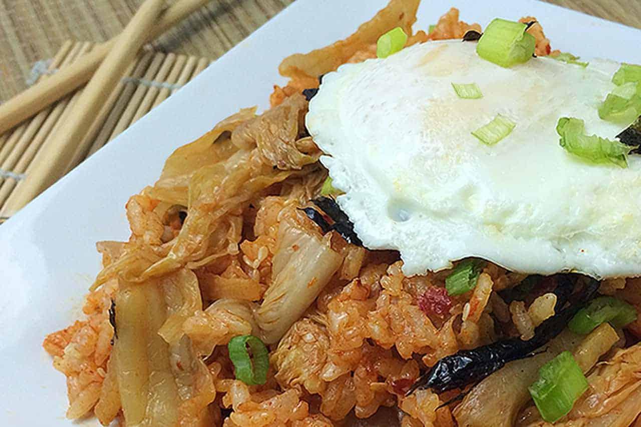 Kimchi fried rice - kimchi bokkeumbap